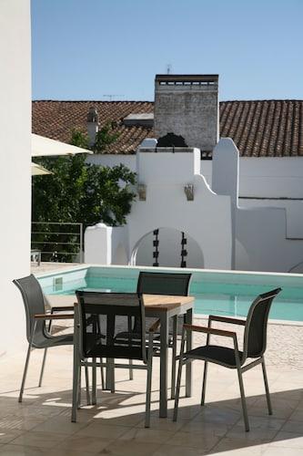 __{offers.Best_flights}__ Hotel Solar Dos Mascarenhas