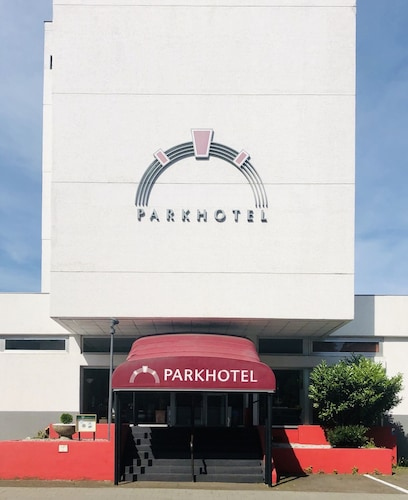 . Park Hotel Theater