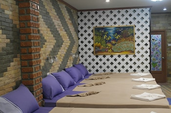 Family Room (8 Pax)