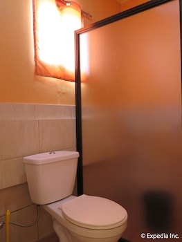 Rgb Tourist Inn Hotel Davao Del Norte Bathroom
