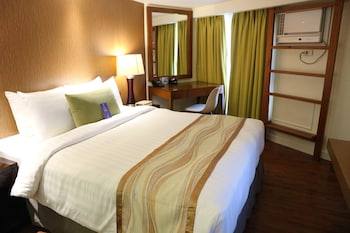 Ferra Hotel Boracay Featured Image