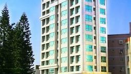 FoungJia Hotel