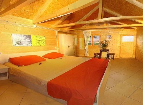 Altea Beach Lodges, Vlorës