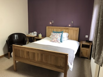 Standard Double Room (Small)