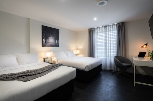 Ascot Budget Inn & Residences, Brisbane