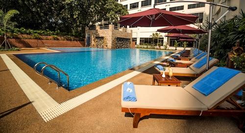 Rose Garden Hotel, Yangon-W