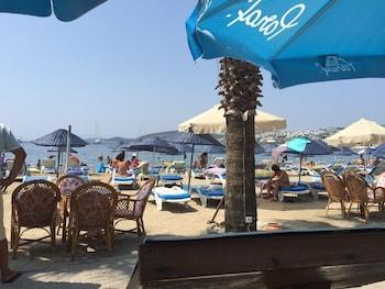Nagi Beach