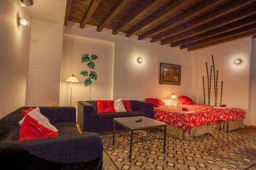 Granada - Casa Montalbán Apartamentos - z Krakowa, 21 kwietnia 2021, 3 noce