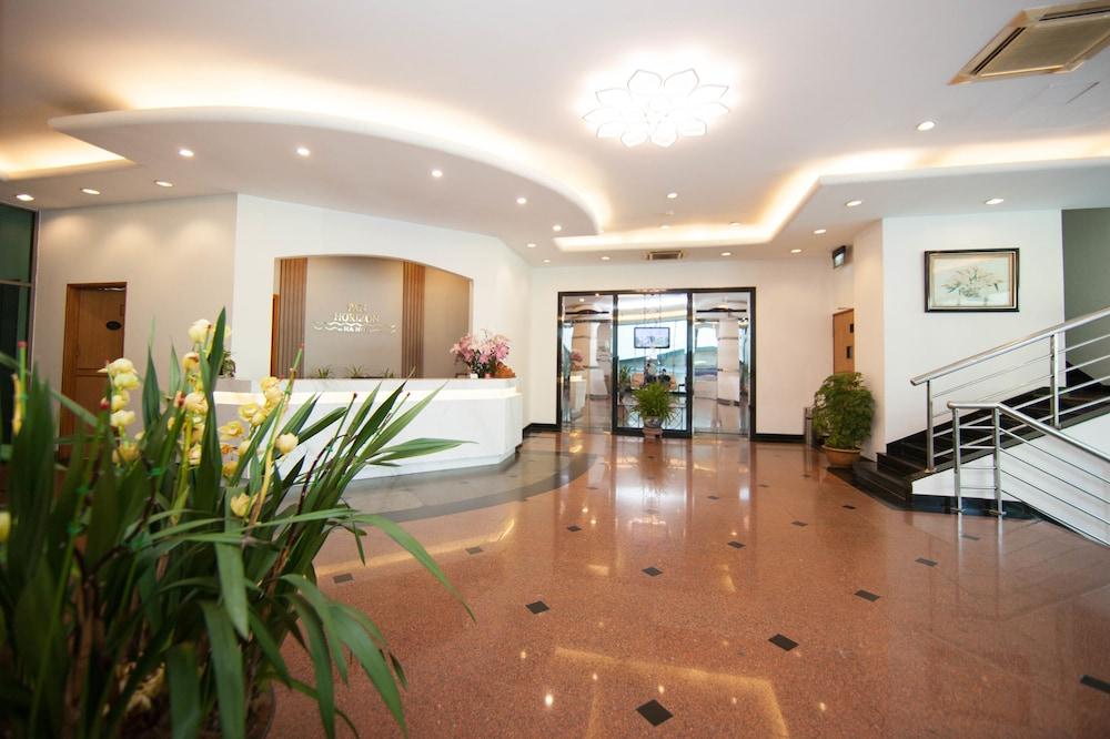 Pan Horizon Executive Residences