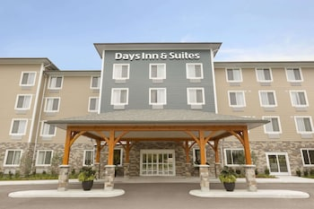 Hotel - Days Inn & Suites by Wyndham Lindsay