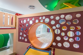 Novotel Hotel Araneta Center Children's Play Area - Indoor