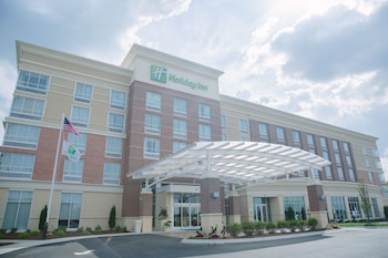 Holiday Inn Murfreesboro photo