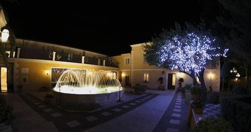 . Regis Resort