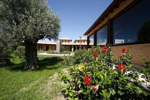 . Hotel Castellinaria