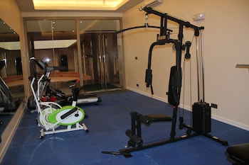 Savannah Resort Hotel Pampanga Gym