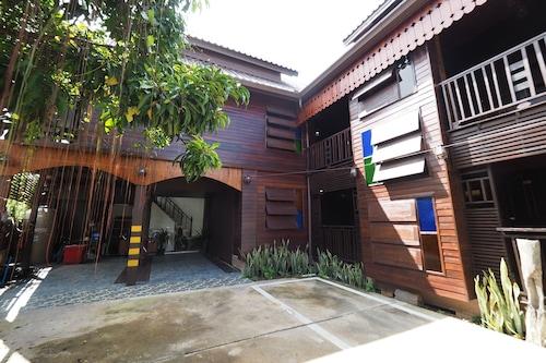 Khaung Chang Kam Boutique Hotel, Muang Nan