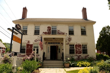Hotel - Butler House