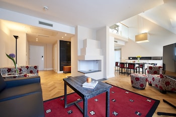 Exclusive Penthouse, 2 Bedrooms, City View