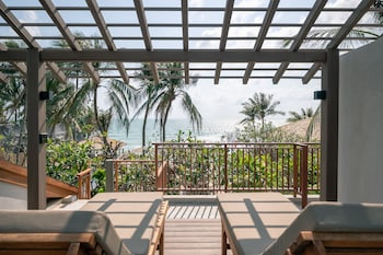 Premium 2 Bedroom With Roof Deck And Seaview