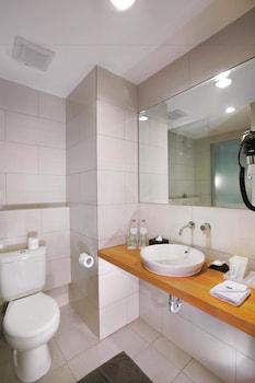 Aston Anyer Beach Resort - Bathroom  - #0