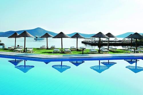 . Porto Elounda Golf & Spa Resort