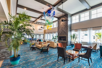 Lobby Lounge at Bethany Beach Ocean Suites Residence Inn by Marriott in Bethany Beach