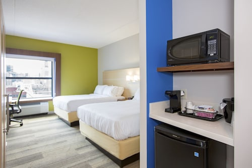 Holiday Inn Express & Suites Pittsburgh North Shore, Allegheny