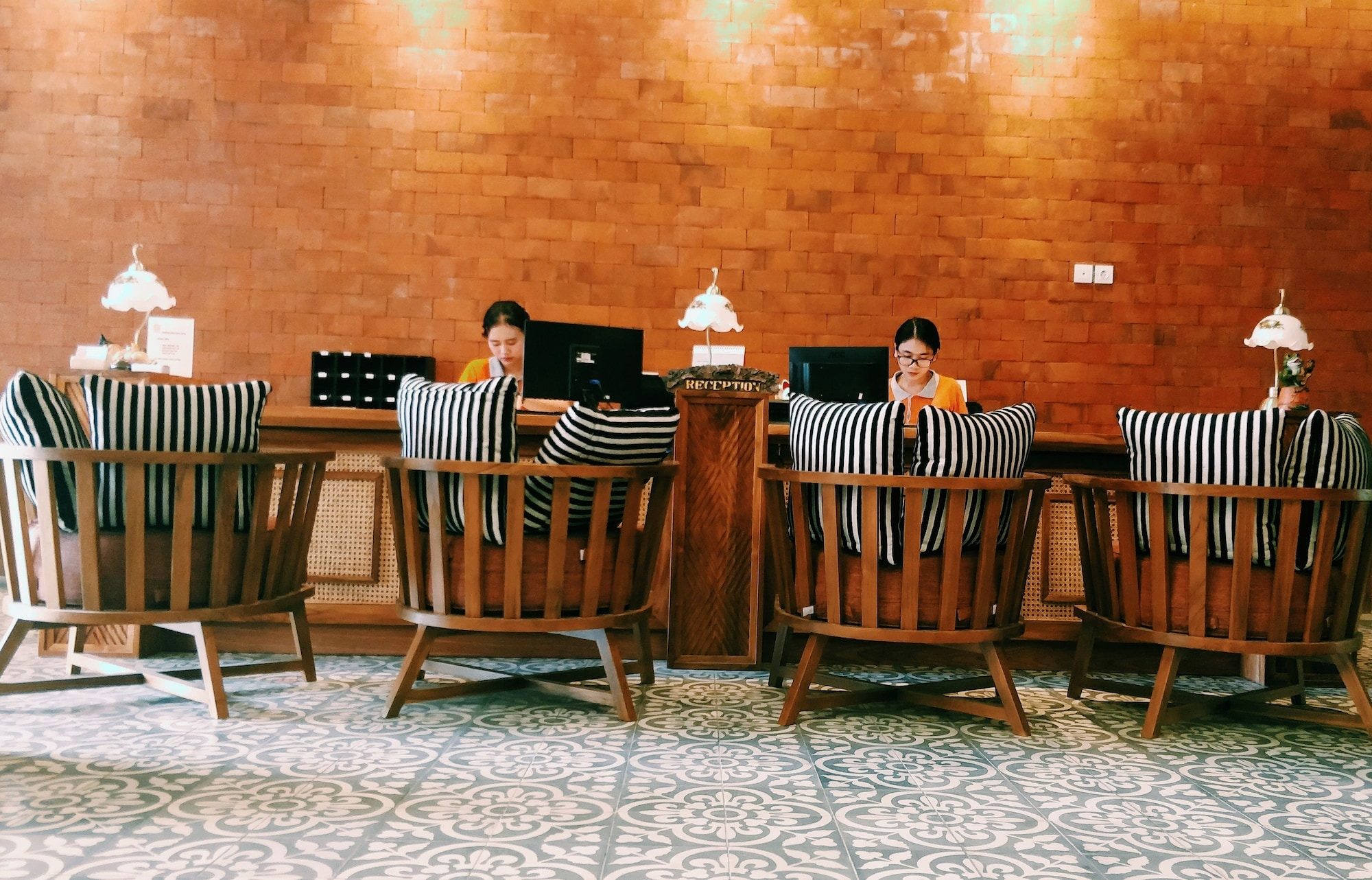 Fourteen Roses Hotel, Badung