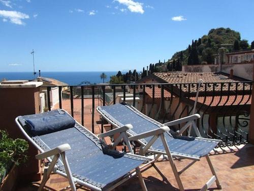 . Come In Sicily - Al Mercato