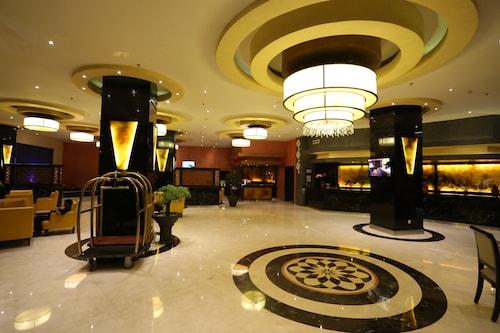 . Hotel Aria Gajayana Malang