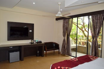 Luxury Double Room, 1 Double Bed, Jetted Tub