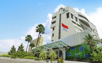 Hotel - Kartika Graha Hotel