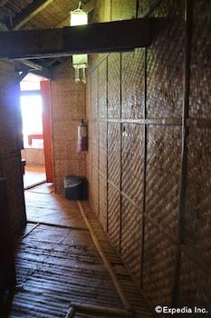 Spider House Resort Boracay Hallway