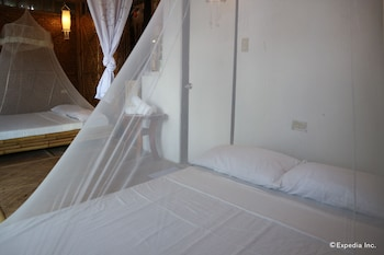 Spider House Resort Boracay Guestroom
