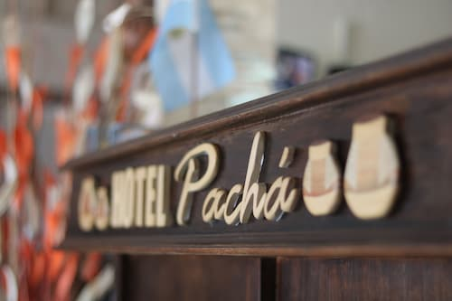 Hotel Pachá, Capital
