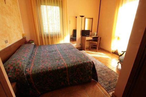 Hotel Sarre, Aosta