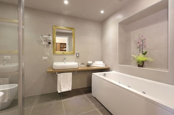 Antico Centro Suites - Bathroom  - #0