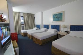 Hotel Supreme Baguio Guestroom