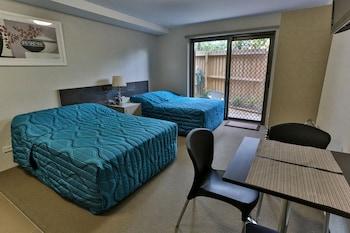Deluxe Studio, 2 Double Beds