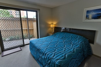 Superior Studio, 1 King Bed