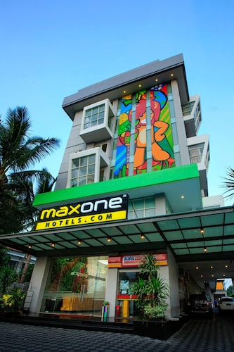 . Maxone Hotels at Malang