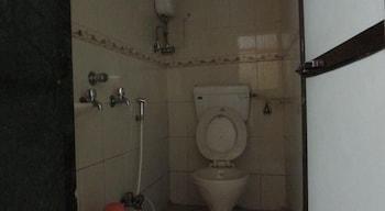 Grand Skylight Hotel Mumbai - Bathroom  - #0