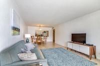 Ocean Reserve, Bay View, 2 Bedroom Condo