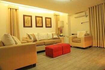 Travelbee Business Inn Cebu Interior Detail