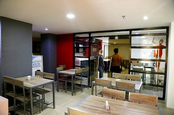 Travelbee Business Inn Cebu Coffee Shop