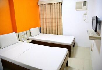 Travelbee Business Inn Cebu Guestroom
