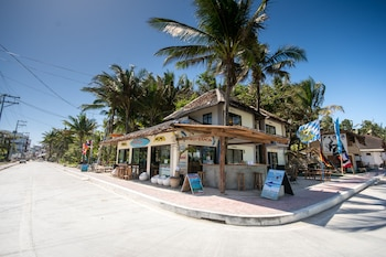 Hangin Kite Center & Resort Boracay Exterior