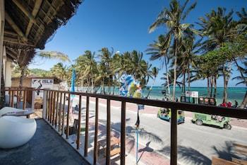 Hangin Kite Center & Resort Boracay Front of Property