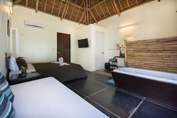 Hangin Kite Center & Resort Boracay Room