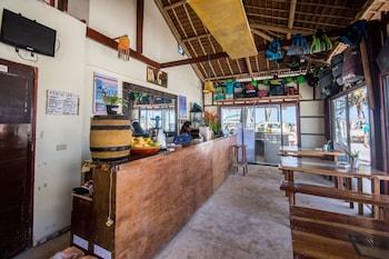 Hangin Kite Center & Resort Boracay Bar